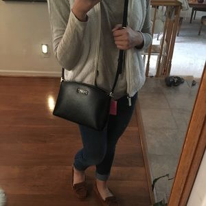 kate spade Bags - Kate Spade black crossbody bag